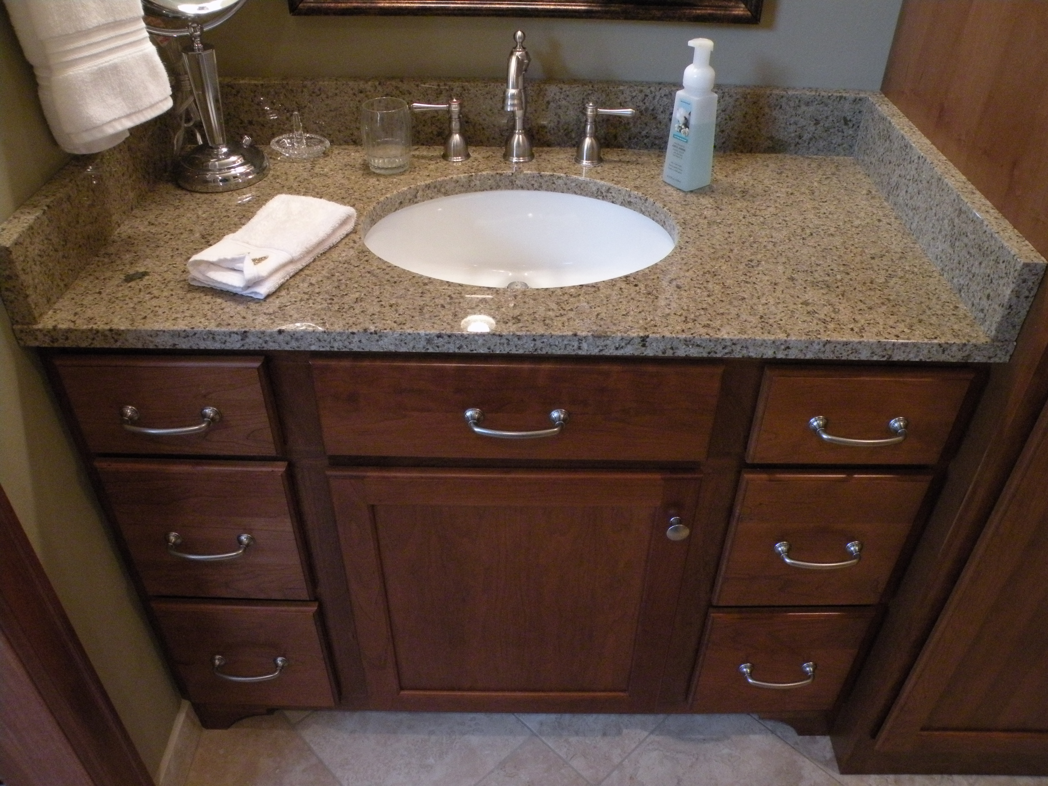Kraftmaid Cherry Grandview Cabinetry With Sunset Stain Kitchens