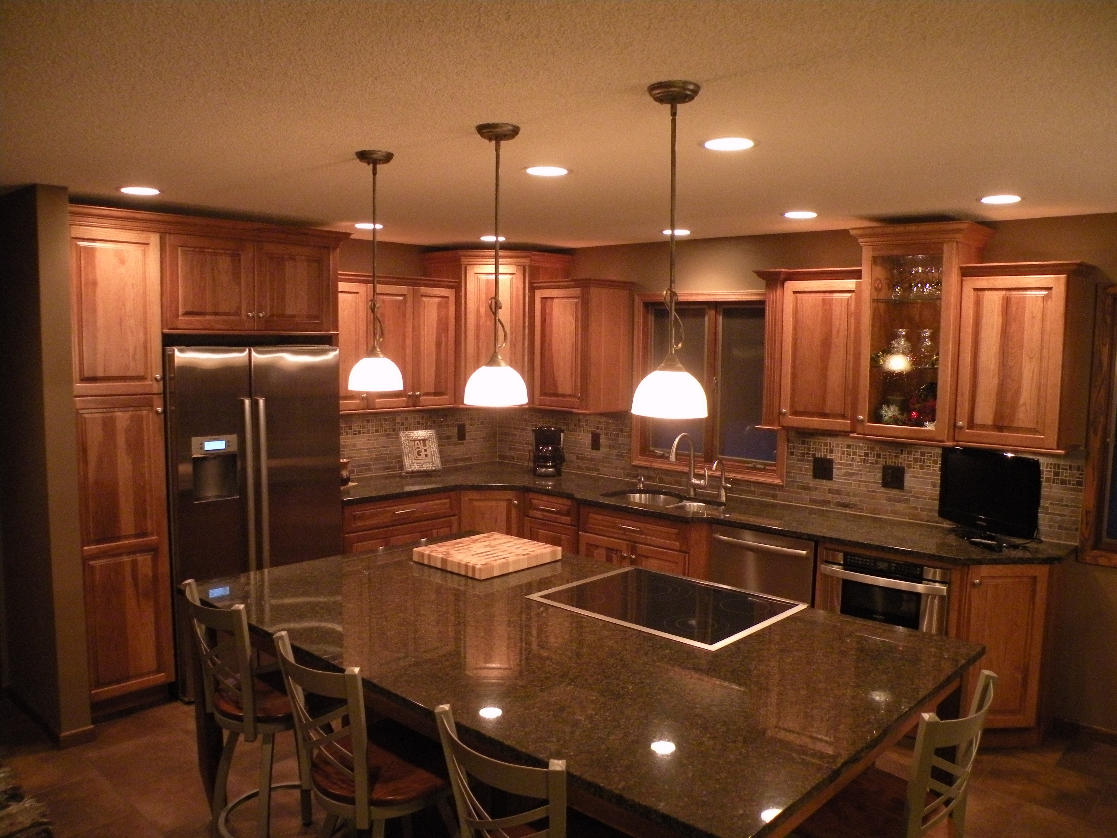 Kraftmaid Hickory Sunset Marquette Cabinetry Kitchens