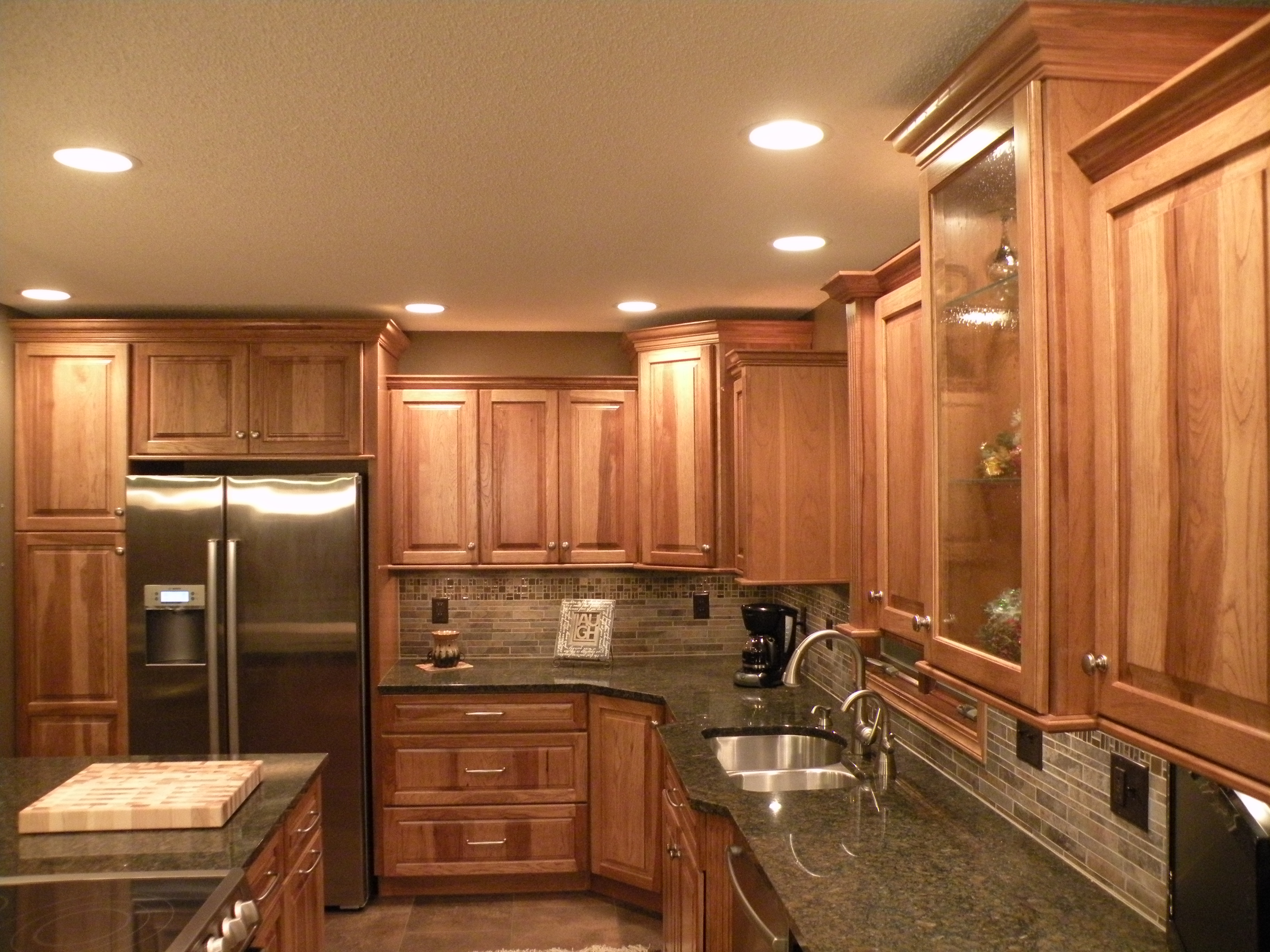 Rustic hickory cabinets hickory kitchen cabinets the ask - Kraftmaid kitchen cabinets ...